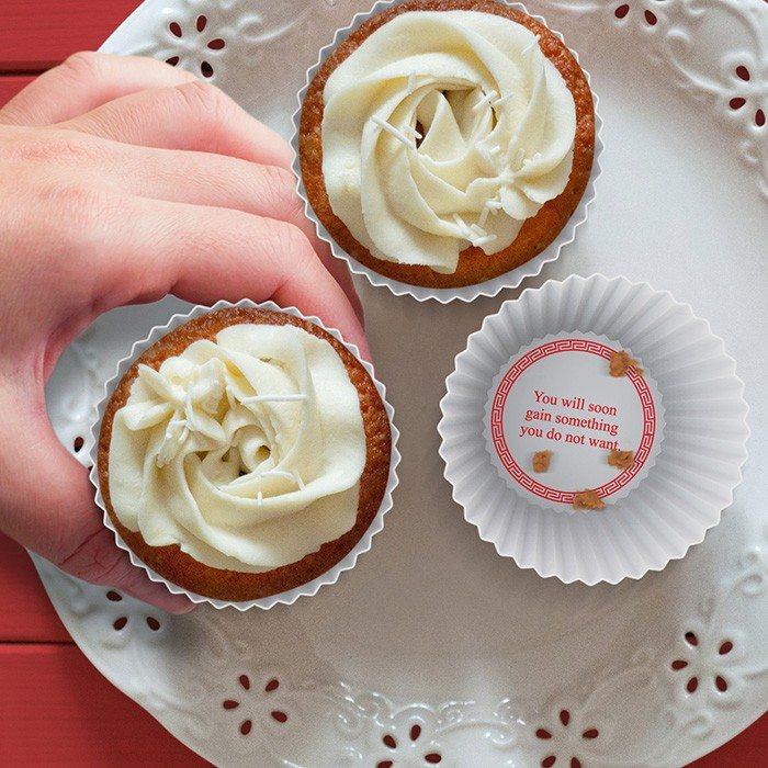 Gelukskoekjes – muffinvormpjes met boodschap