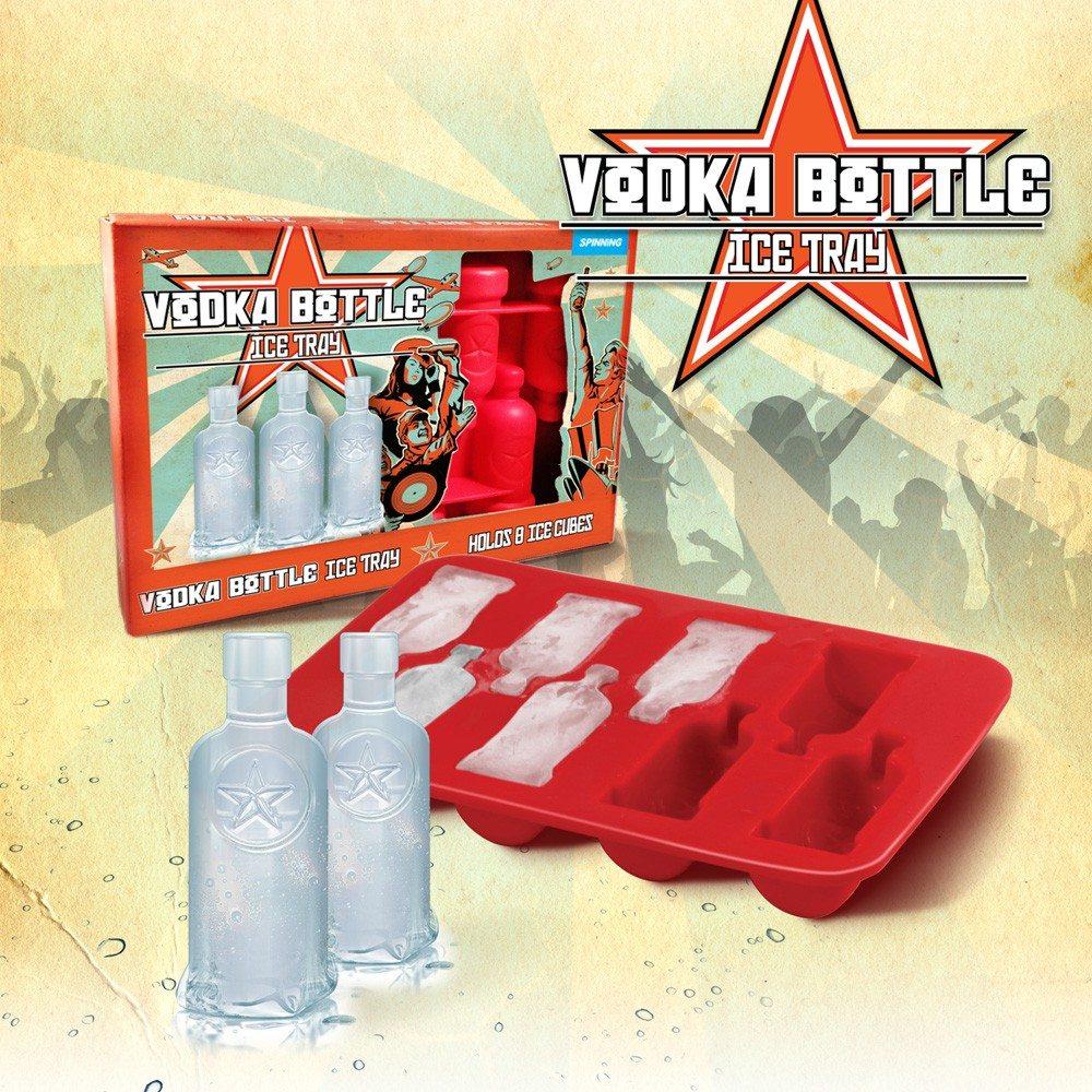 Ijsblokjes in wodkafles vorm