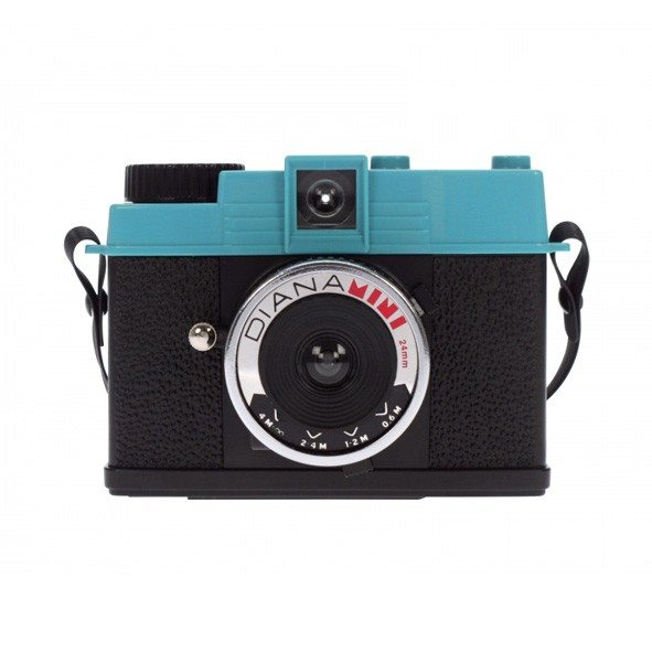 Lomography camera ''Diana Mini''