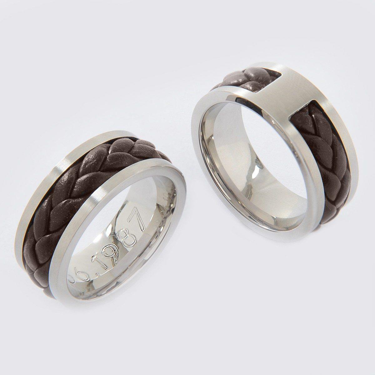 Gevlochten ring met gravure