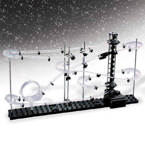 Space Coaster hangende achtbaan