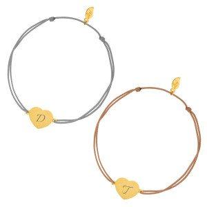 Armband met verguld hartje en initiaal - twee kleuren bandje