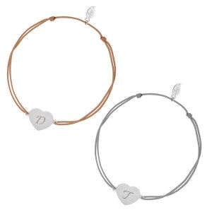 Armband met zilveren hartje en initiaal - beige bandje