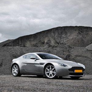 Stuur Aston Martin rijden - Rotterdam