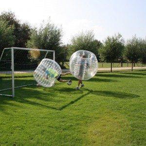 Bubbel voetbal op locatie met begeleiding - Limburg