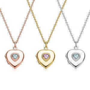 Medaillon in hartvorm met edelsteen en gravure - in drie kleuren verkrijgbaar