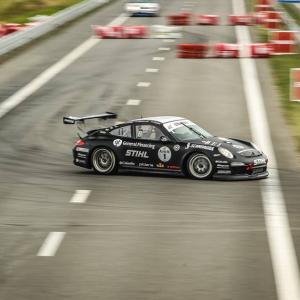 Met verschillende sportwagens op Circuit - Zandvoort