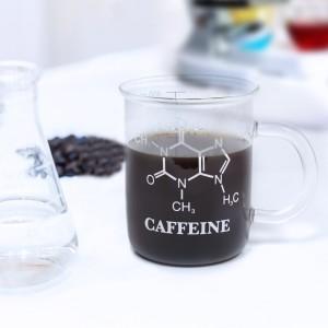 """Mok """"C8H10N4O2 – Cafeïne"""""""