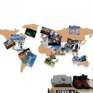 Prikbord wereldkaart van kurk