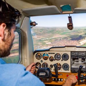 Vliegen in een vluchtsimulator - Nieuwerkerk